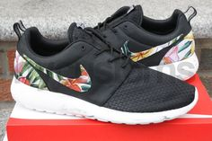 brand new 1ffb8 4cf98 Nike Roshe Run Marble Custom Island Floral Nike Roshe Run Black, Roshe Run  Shoes,