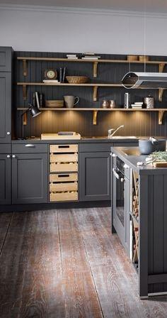Colorful Kitchen Decor, Kitchen Colors, Kitchen Room Design, Interior Design Kitchen, Kitchen Styling, Kitchen Storage, Accent Wall In Kitchen, Kitchen Furniture, New Kitchen