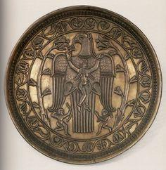 Блюдо серебряное - орёл несёт женщину. Первая половина VII в. Государственный Эрмитаж