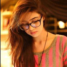 Cute and Innocent Girls DP for Whatsapp and Facebook