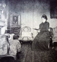 Jeanne PROUST en su salón de Rue de Courcelles