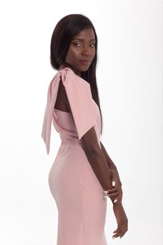 One shoulder midi bodycon dress in soft pink Pink Evening Dress, Formal Evening Dresses, Dress Formal, Dress Prom, Bodycon Dress, Prom Dresses, Pink Pencil Dress, One Shoulder, Cold Shoulder Dress