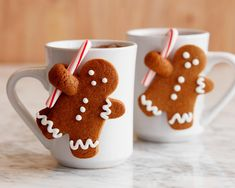 Healthy Men Gingerbread Man Mug Mates ♛BOUTIQUE CHIC♛ - Spread holiday cheer with sugar, spice and lots of frosting, with our best Christmas cookie recipes from Food Network chefs. Best Christmas Cookies, Christmas Goodies, Holiday Cookies, Christmas Treats, Christmas Baking, Christmas Fun, Christmas Recipes, Reindeer Cookies, Christmas Biscuits