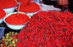 Red peppers at Indonesian market - Pixdaus
