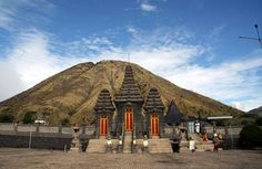 Discover the beauty of #Surabaya, Mount Bromo and Malang with take a  5D4N Bromo Batu Tretes Surabaya Tour Package that introduce to you all the significant history and culture of East Java. WhatSapp: +62 896 837 334 91 / Skype: sales.asiamedan today