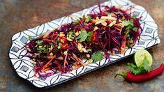 Aasialainen raastesalaatti | Salaatit | Yhteishyvä Tacos, Mexican, Beef, Ethnic Recipes, Food, Meat, Essen, Meals, Yemek