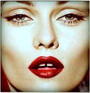 Vanessa Paradis: that mouth!