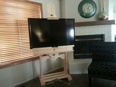 TV easel stand with sound bar holder in Boise - letgo. staffelei Used TV easel stand with sound bar holder for sale in Boise Easel Tv Stand, Tv Stand And Entertainment Center, Art Easel, Bar Shelves, Woodworking Wood, Wood Construction, Home Organization, Wood Art, Home Projects