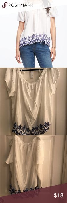 Old Navy Women's Off-the-Shoulder Swing Blouse BRAND NEW WITHOUT TAGS.                        Color: Cream & Blue-- Size: XXL                Materials & Care 100% rayon . Machine wash. Imported.  Product Details Elasticized, off-the-shoulder neckline. Adjustable spaghetti straps. Short, flutter sleeves. Scalloped hem, with embroidered detailing. Swingy, A-line silhouette. Soft, medium-weight rayon Old Navy Tops Blouses