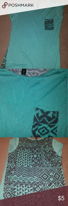 Tribal print shirt Never worn bought at Tilly's Tilly's Tops Tees - Short Sleeve