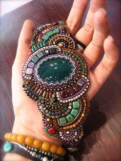 Perline ricamo Emerald - Bracciale