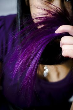 I did this color with their Pimpin Purple. I didn't use a lifter on virgin hair. Faded out with awesome pink streaks and lasted 3 months.