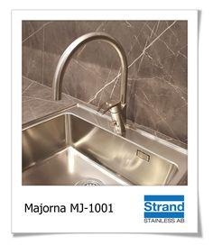 Passa på att köpa en riktigt snygg och tidlös blandare till kök. Majorna från Strand Stainless AB är en gedigen och greppvänlig blandare i satinpolerat rostfritt stål.  #strandstainless #rostfritt #kökskran #Göteborg #majorna #glenn #blandare #köksblandare #renovering #köksinspo #inredning Strand, Sink, Home Decor, Sink Tops, Vessel Sink, Decoration Home, Room Decor, Vanity Basin, Sinks