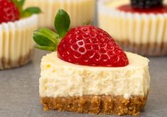 Recette : Gâteau au fromage cupcake Biscuits Graham, Cheesecake, Cupcakes, Queso, Sweets, Homemade Cheese, Kitchens, Sour Cream, Cupcake Cakes