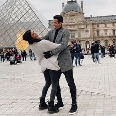 Publicação do Instagram de Sabina Hidalgo • 10 de Jul, 2017 às 9:14 UTC Foto E Video, Photo And Video, Couple Pictures, Pop Group, Couple Goals, My Girl, Bae, Videos, Instagram