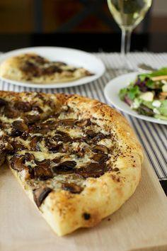 sauteed mushroom, pesto, fontina pizza