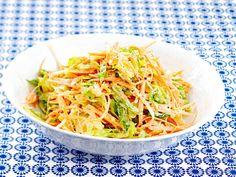 Salaattislaw Japchae, Cabbage, Good Food, Food And Drink, Vegetables, Ethnic Recipes, Koti, Crafts, Diy