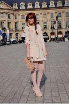 """""""Blush"""" by nude, blush Louise Ebel, Paris Fashion Week Louise Ebel, Style Parisienne, Asos, Topshop, Trends, Fashion Week, Paris Fashion, Fashion Bloggers, Vestidos"""