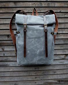 Das Material habe ich diese Tasche zu machen ist eine amerikanische Heavy weight gewachstem Canvas. Die Farbe ist anthrazit grau.  Ich machte es zu