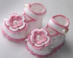 Детские пинетки. Новорожденного пинетки. Крещение обувь. Handmade крещения, пинетки. Белые пинетки.♡