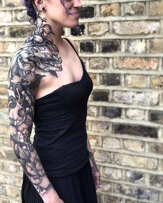 Amazing black tattoos by Kelly Violet - Incredibili tatuaggi neri di Kelly Violet Amazing black tattoos by Kelly Violet Deep Tattoo, Phönix Tattoo, Chest Tattoo, Band Tattoo, Hot Tattoos, Black Tattoos, Body Art Tattoos, Sleeve Tattoos, Black Work Tattoo