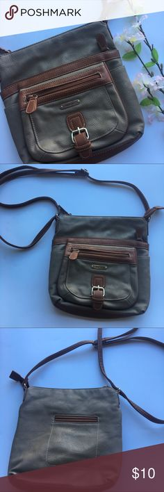Olive & Brown Mutisac Cross Body Bag 💼 So many compartments! Great condition. Multisac Bags Crossbody Bags