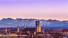 Das Münchner Alpenvorland: Die schönsten Ausflugsziele im Sommer in Serie. Teil 1 zur Region Garmisch-Partenkirchen: #münchen #muc #muenchen #blog #blogbeitrag #hütten #alpen #wandern #ausflug #sommer #freizeit #alpen #garmisch #garmisch-partenkir