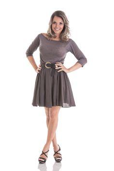 Vestido 3/4 com saia gode em mistura de malha devore e saia em viscose.