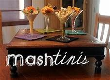10 delicious food stations for your wedding - Articles - Easy Weddings Mashed Potato Bar, Mashed Potatoes, Food Stations, Girl First Birthday, Simple Weddings, First Birthdays, Yummy Food, Articles, Wedding Ideas