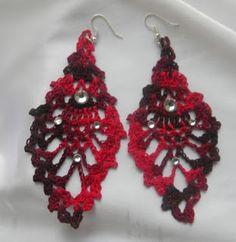 http://fortheloveofcrochetalong.blogspot.com/2013/08/crochet-ear-rings.html