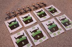 Monkey Counting - Repeat Crafter Me Kindergarten Projects, Kindergarten Math Activities, Preschool Games, Preschool Crafts, Preschool Ideas, Maths, Math Games, School Age Activities, Quiet Time Activities