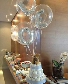 80 Carnival decoration ideas to play in the revelry Deco Baby Shower, Baby Shower Themes, Baby Boy Shower, Carnival Decorations, Birthday Balloon Decorations, Bubble Balloons, Baby Shower Balloons, Clear Balloons, Number Balloons