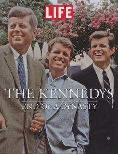 The Kennedys End of a Dynasty by Life Magazine Editors 2009 Más John Kennedy, Les Kennedy, Jacqueline Kennedy Onassis, Time Magazine, Magazine Covers, Michael Jackson, Fashion Magazin, Life Cover, Tribute