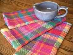huck plaid towels remind me of some napkins in Handwoven along time ago.