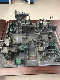 We take our kill team terrain very seriously at my LGS - killteam Warhammer 40k Tabletop, Warhammer Terrain, 40k Terrain, Game Terrain, Wargaming Terrain, Diy Interior, Eldar 40k, Board Game Pieces, Diy Table Top