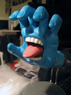 Screaming Hand | Original Colorway | Artist: Jim Philips | Toy Maker: Made By Monsters | Image 2 of 3