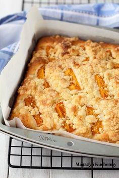 The easiest cake ever (with seasonal fruits) Easy Cake Recipes, Cookie Recipes, Sweets Cake, Bread Cake, Polish Recipes, Pumpkin Cheesecake, Coffee Cake, Brunch, No Bake Cake