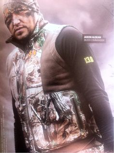 dang, he looks even better in camo...I have never seen a more beautiful picture!! Total Hottness!!!!!