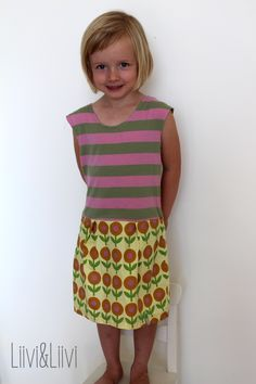 Eigentlich wollte ich euch heute in aller Frühe das aktuelle Outfit des Tochterkindes zeigen, aber dann kamen überraschender Lieblingsbesuc...