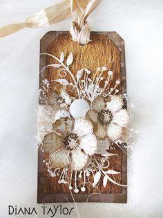 tag gift tags flower flowers leaf leaves Cinnamon bark tag by Velvet Moth Studio Flower Cards, Paper Flowers, Handmade Gift Tags, Paper Tags, Heartfelt Creations, Vintage Tags, Christmas Tag, Card Tags, Tag Art
