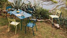 Design ! L'enseigne de décoration Nox nous propose cet été du mobilier pour le jardin élégant, moderne souligné d'une touche un peu plus classique....