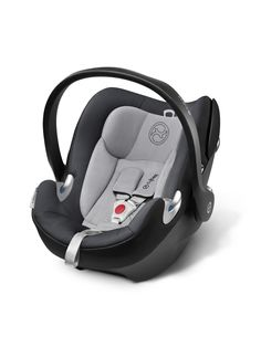 The Aton Q infant car seat stands for maximum safety and innovative technologies in combination with the iconic design of the CYBEX PLATINUM Brand. Apollo 4, Bugaboo, Cybex Platinum, Q Base, Car Seat Weight, Concord, Baby Car Mirror, Premature Baby, Shopping