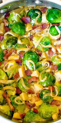 Thanksgiving Side dish: Creamy Brussels Sprouts with Bacon, Apples and Gorgonzola Cheese