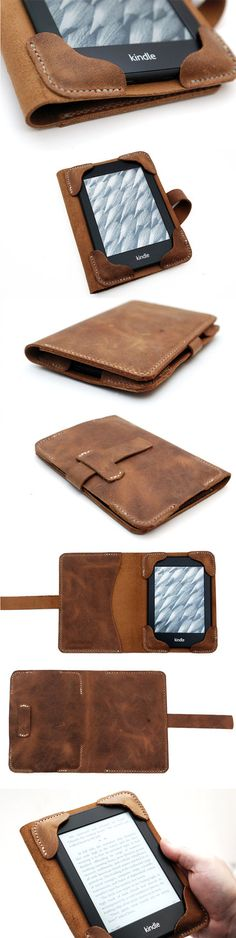 I need one for my iPad Mini, but this is EXACTLY what I& been looking for! Kindle cover Kindle paperwhite cover by JustWanderlustShop Leather Art, Leather Design, Leather Cover, Leather Tooling, Leather Wallet, Capas Kindle, Crea Cuir, Kindle Case, Leather Projects