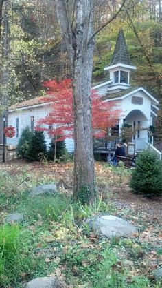 Dollywood church