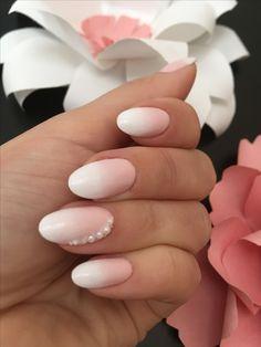 Маникюр невесты, омбрэ, жемчуг, розовый дизайн ногтей