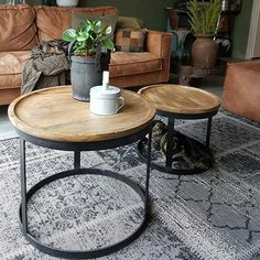 Afbeeldingsresultaat voor bijzettafel stockholm - Lilly is Love Barn Living, Home And Living, Living Spaces, Living Room, Apartment Interior Design, Wooden Furniture, Interior Inspiration, Home Furnishings, Sweet Home