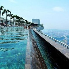 Sands Singapore, Singapore Travel, Rooftop Pool, Outdoor Pool, Beautiful Hotels, Beautiful Places, Amazing Hotels, Marina Bay, Places To Travel