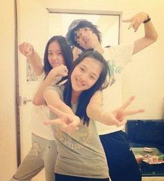 Sulli and Krystal pre-debut photo emerges ~ Latest K-pop News - K-pop News Krystal Jung, Pop Albums, Best Albums, I Love You Mom, I Love You Forever, Pop Group, Girl Group, Sulli Choi, Childhood Photos