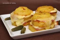 Pommes de terre au four au fromage à raclette et lard fumé